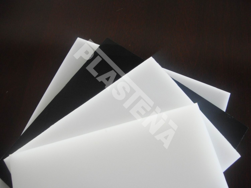 Polyethylene (PE) sheets and rods is lightweight structural plastic classified under polyolefine group according to its chemical composition. It is lightweight, rigid, unsinkable plastic that does not break even at low temperatures
